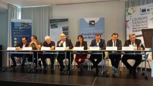 ill-18-09-13_signature_revision_contrat _de _partenariat